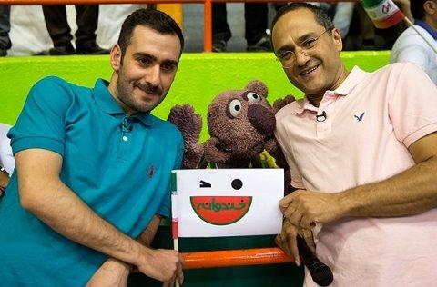 حضور پررنگ جناب خان و رامبد جوان در بازی والیبال ایران - امریکا