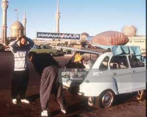 مسافرت رفتن با ماشين ژيان در قديم