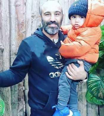 محسن تنابنده و پسرش در يک عکس
