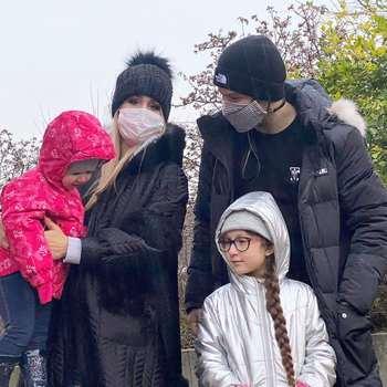 شاهرخ استخري با خانواده در بلژيک / شاهرخ استخري بازيگر سينما