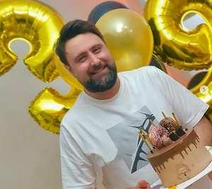 جشن تولد محمد عليزاده خواننده معروف / محمد عليزاده وارد 40 سالگي شد