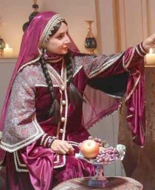 شبنم قلی خانی با لباس سنتی و  بسیار زیبا / شبنم بازیگر سینمای ایران