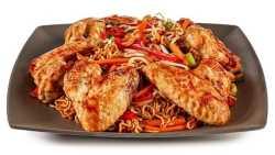 طرز تهيه خوراک چيني نودل سرخ شده با مرغ