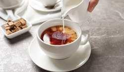 چرا نبايد شير و چاي را مخلوط کنيم؟