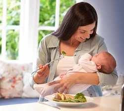 خانم هاي باردار بعد از زايمان چي بخورند؟