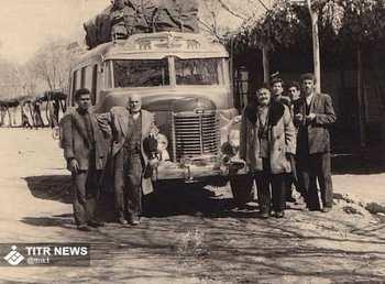 عکسي از زائران امام رضا در زمان هاي قديم