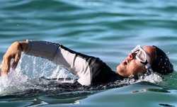 شنا کردن ترانه عليدوستي