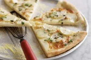 پیتزا سیب زمینی و پنیر