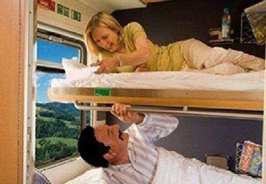 داستان دختر و پسر تنها در قطار 18+