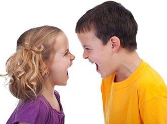 وقتی بچه ها (خواهر و برادر) با هم دعوا می کنند چه کنیم؟