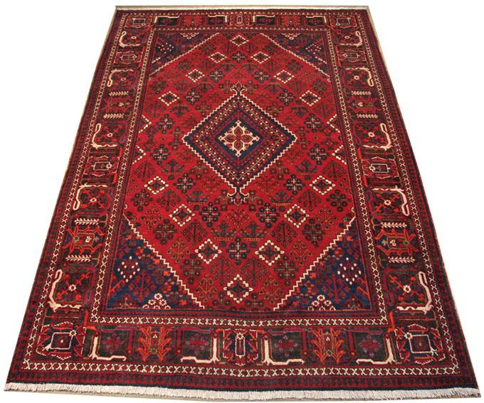 نظافت و تمیزکاری منازل و قالیشوئی و شستشوی مبل و موکت و پرده و ... در اصفهان