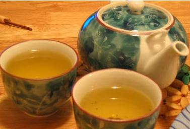 طرز تهیه چای با گلاب
