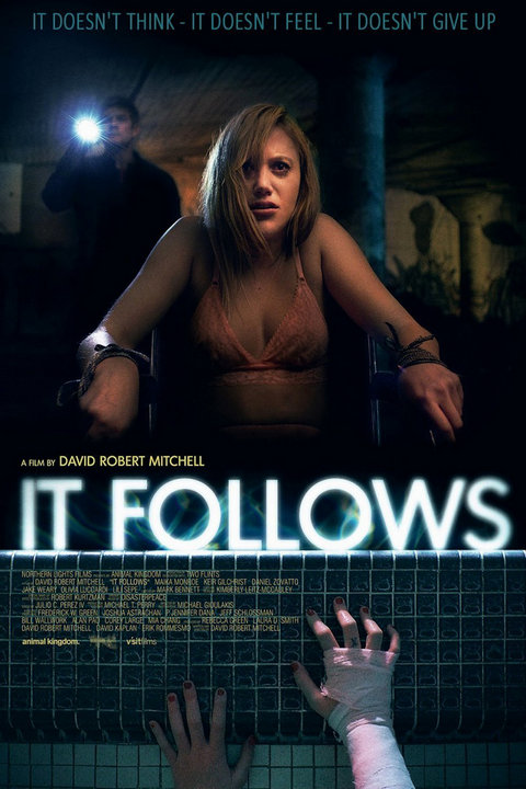 It Follows (2014) 720p BluRay – 800MB – ShAaNiG