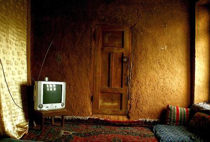 دانلود رمان اتاق کاهگلی