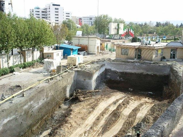 آغاز ساخت پارکینگ طبقاتی ورزشگاه امام  رضا(ع)