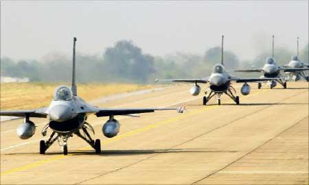 اربیل از تجهیز ارتش عراق به هواپیماهای جنگنده نگران نیست