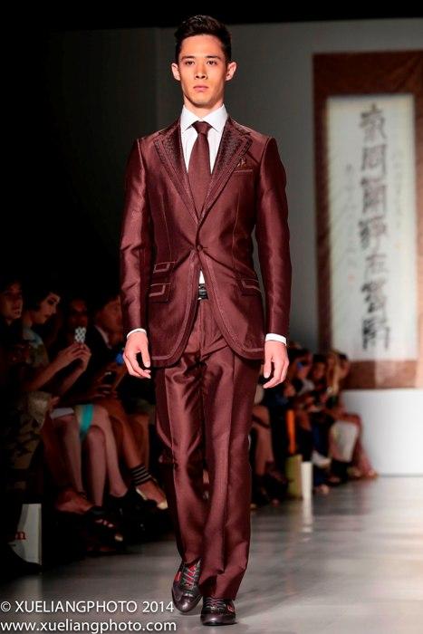 جدیدترین مدلهای کت و شلوار مردانه رنگ قرمز