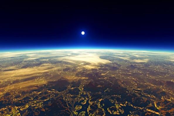 مستند سیاره زمین و حیات وحش