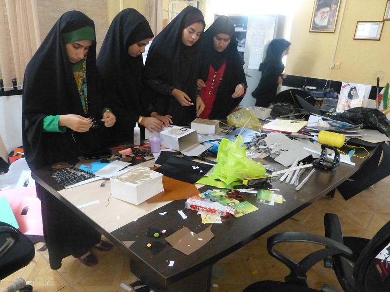 توليد بسته هاي فرهنگي توسط فرماندهان واحد هاي دانش آموزي بسيج دانش آموزي فيروزآباد