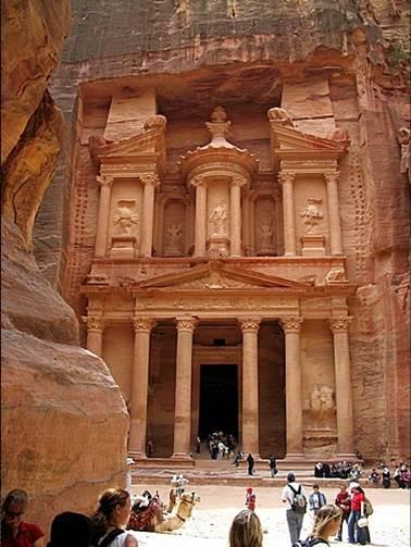 پاورپوينت ديدني از شهر پترا در اردن