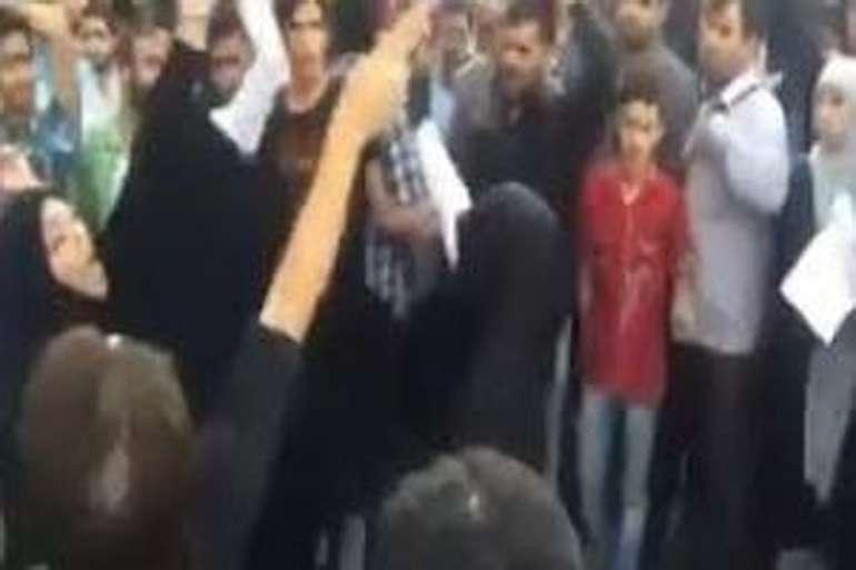 زن قمه زن رستاخیز دستگیر شد! (عکس)