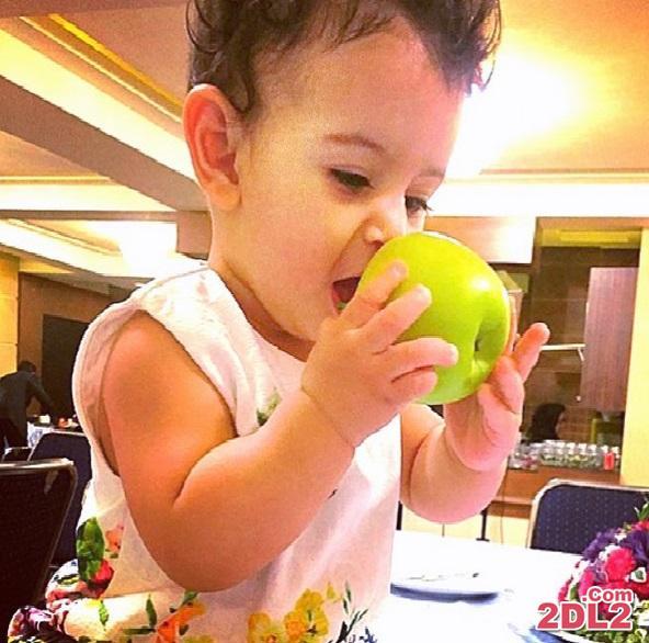 عکس دیدنی نگاه دختر محسن یگانه