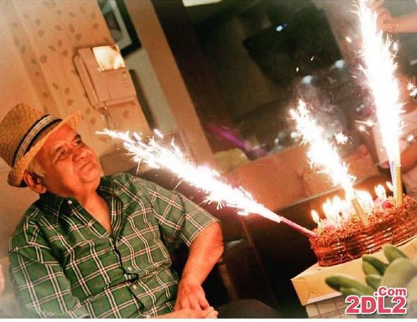 تبرک تولد سحر قریشی به اکبر عبدی + عکس
