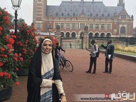 مجری زن تلویزیون در هلند (عکس)