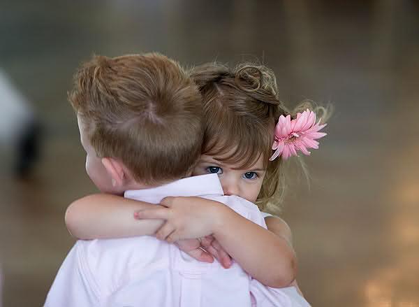 عکس های عاشقانه زیبا از بچه های کوچولو