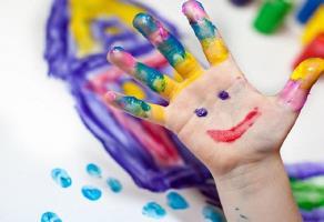 نقاشی کودکتان را خودتان تفسیر کنید