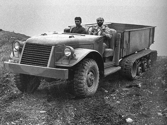 ماشین جنگی دکتر چمران + عکس