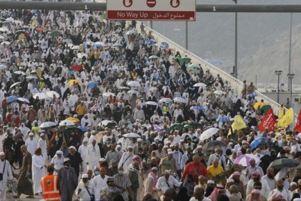 ادعای مقام سعودی: حرکت 300 زائر ایرانی خلاف مسیر دیگر حجاج باعث حادثه شد