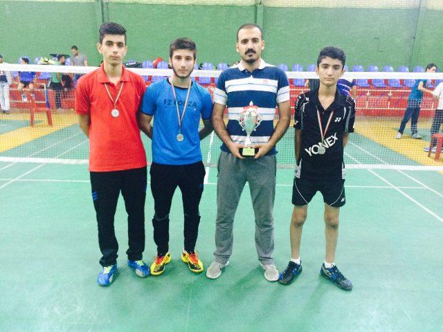 کسب مقام دوم مسابقات قهرمانی بدمینتون نوجوانان پسر کشور توسط تیم منتخب استان آذربایجان غربی