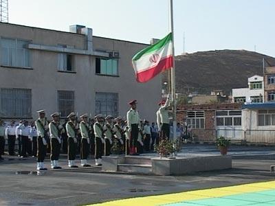 صبحگاه مشترک نیروهای مسلح مستقر در مهاباد به مناسبت گرامیداشت هفته نیروی انتظامی