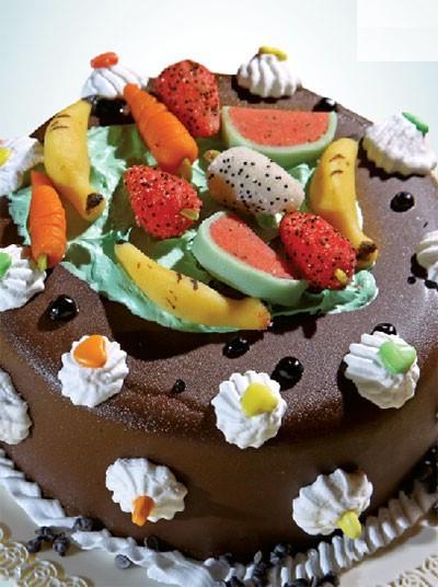 با این کیک بستنی مهمانی تان را خاص تر کنید