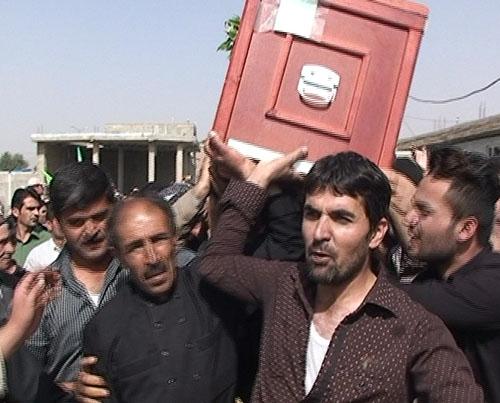 تشییع و خاکسپاری حسن افشون جان باخته کاروان مهاباد در فاجعه منا