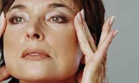 مقابله با افتادگي پوست در يائسگي
