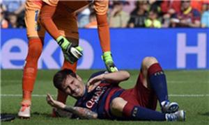 مسی مصدوم در زندان آرژانتین/آینده باشگاه در ابهام