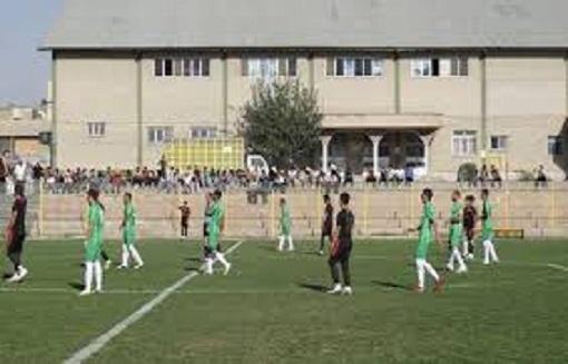 اشنویه، ارومیه را گل باران کرد/ نماینده های فوتبال مهاباد تساوی کردند