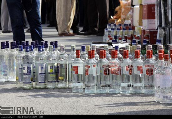 کشف و ضبط محموله بزرگ مشروبات الکلی