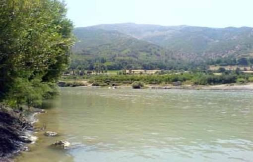 اظهارات ضد و نقیض در خصوص انتقال آب رودخانه زاب سردشت به دریاچه ارومیه