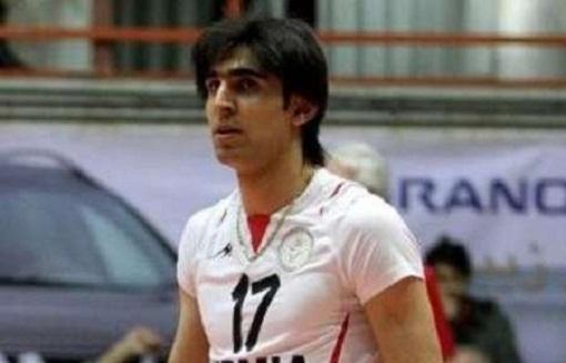 باشگاه شهرداری ارومیه از بازیکن مهابادی عذر خواهی کرد/ با عاملان حادثه ورزشگاه الغدیر برخورد می شو�
