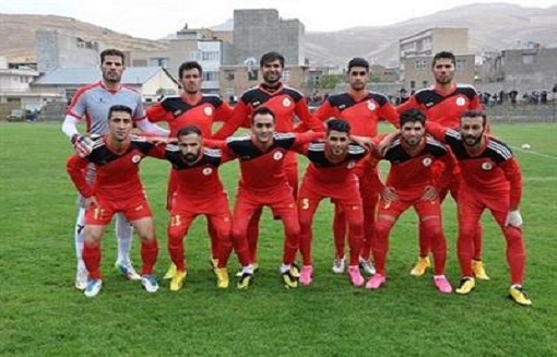 مهاباد لیگ دسته سوم فوتبال کشور را طوفانی آغاز کرد