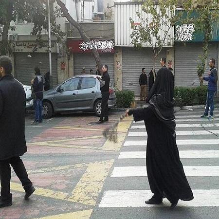 زنجیر زنی مختلط در خیابان های تهران + عکس