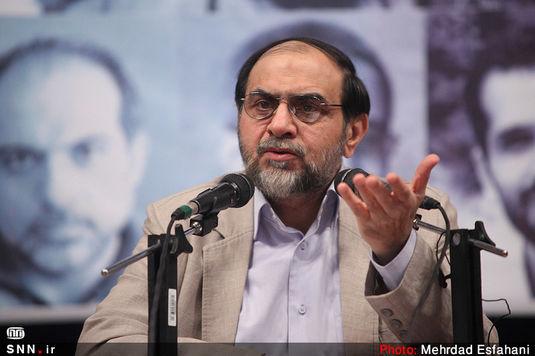 برخی در حکومت جمهوری اسلامی همین الآن با سرویسهای جاسوسی کار میکنند/ آمریکا برای ۱۰ هزار نفر در �