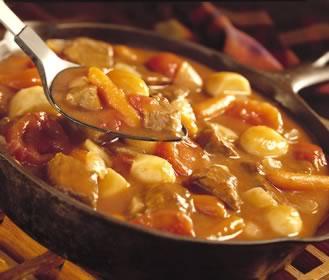 تاس کباب مرغ غذای اردبیل