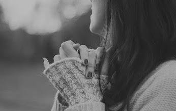 شيشه ي دل را شکستن احتياجش سنگ نيست