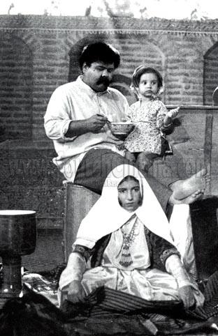 عکسی از فیلم دلشدگان علی حاتمی