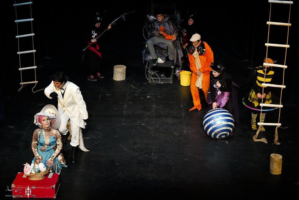 نمایش «جشن بزرگ بزرگ بزرگ » به عطاالله کوپال تقدیم شد