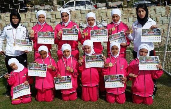 دختران فوتبالیست کردستانی قهرمان اولین فستیوال مدارس فوتبال کشور